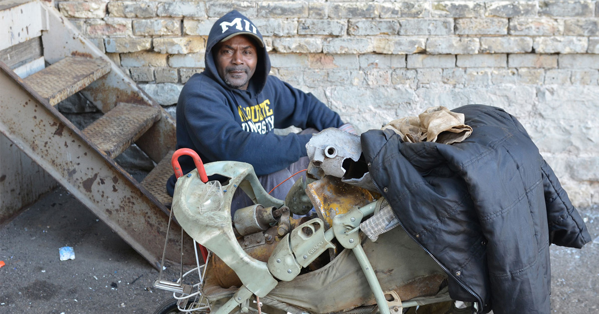 Poverty In Milwaukee Milwaukee Neighborhood News Service