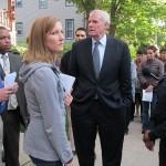 Anti-drug youth group walks mayor through Washington Park