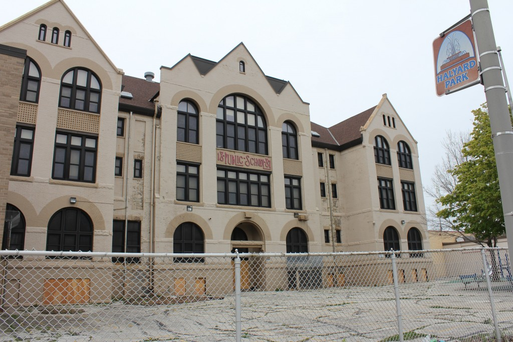 The former Garfield Avenue Elementary School would be converted to apartments, and would be the new home of America's Black Holocaust Museum, under a renovation plan advanced by Maures Development Group, LLC. (Photo by Mark Doremus)