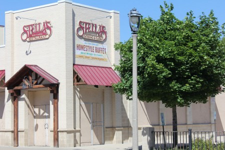 The building that once housed Stella's Restaurant has been vacant since 2010. Now a Milwaukee couple has plans to convert it into a full-service grocery store. (Photo by Mark Doremus)