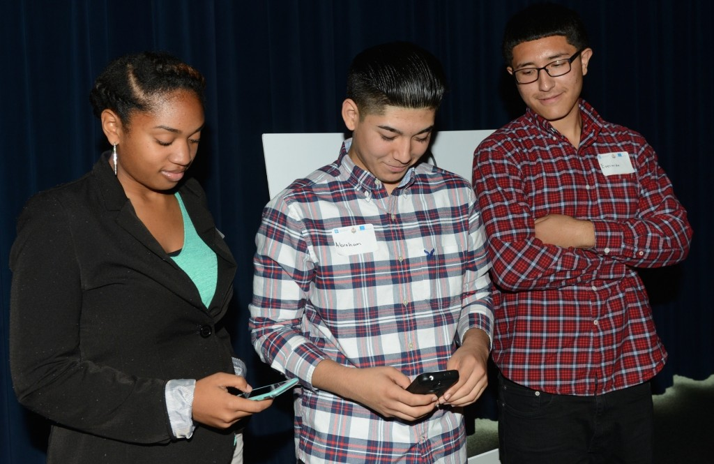 (From left) Imani Ray, Abraham Castillo and Everardo Martinez-Saavedra introduce the new app at Discovery World. (Photo by Sue Vliet)
