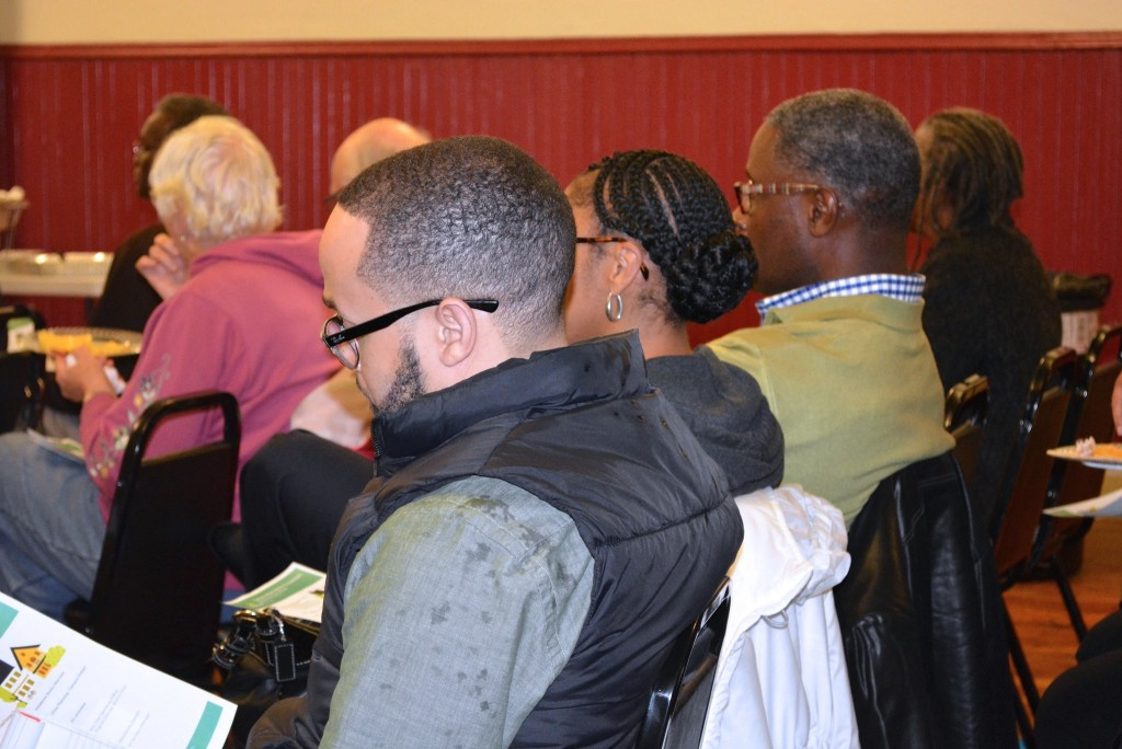 Lindsay Heights residents gather to hear plans for a new commercial redevelopment project coming to the neighborhood. (Photo by Marlita A. Bevenue)