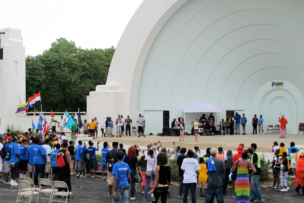 A crowd gathers for a performance at the Washington Park band shell. (Photo by Jennifer Reinke)
