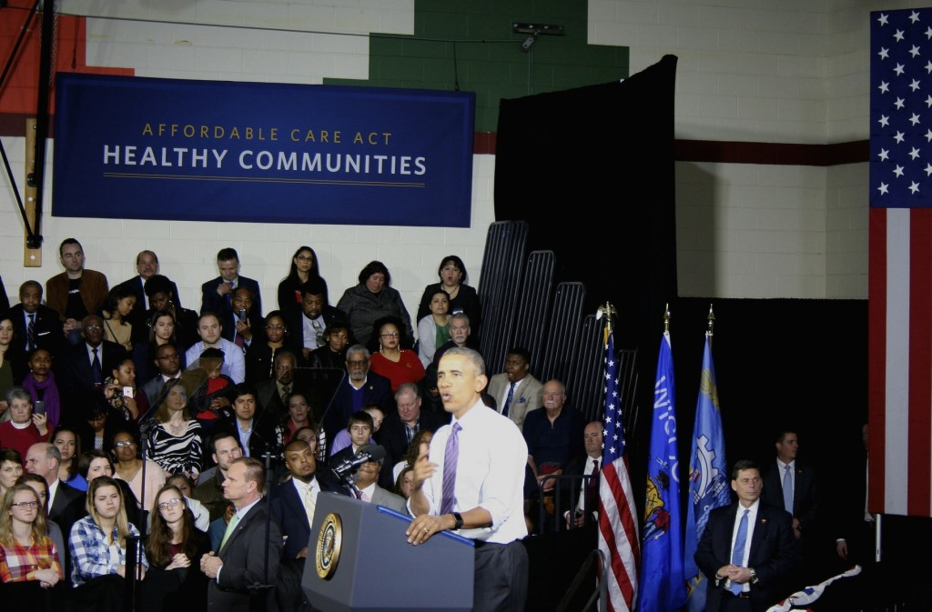 Barack Obama spoke at the United Community Center Thursday. (Photo by Jabril Faraj)
