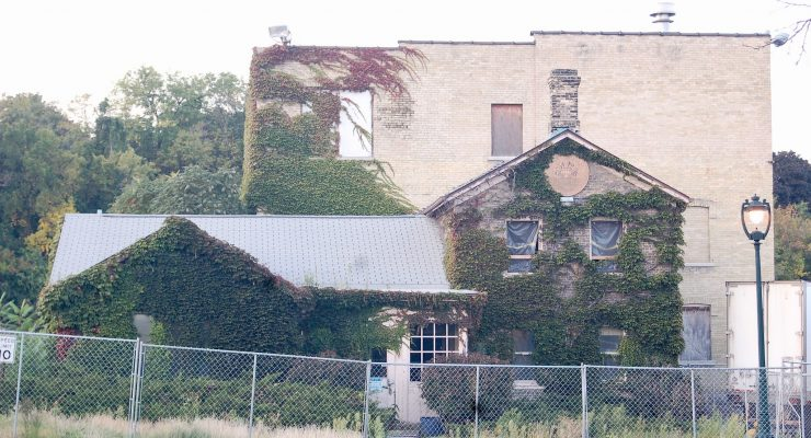 Committee accepts proposal to raze part of Gettelman Brewery