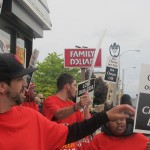 Youth group protests sale of tobacco at Family Dollar