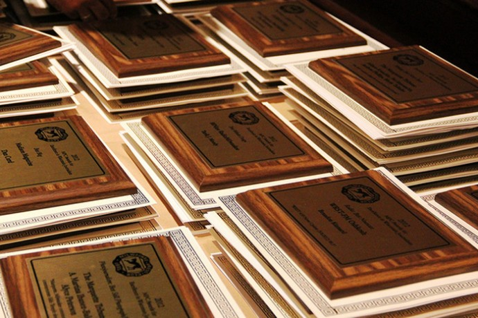 Plaques are at the ready at the Milwaukee Press Club Gridiron Awards Dinner in 2013. (Milwaukee Press Club photo)