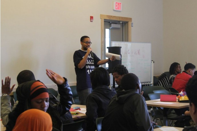 Syd Robinson, Future Milwaukee participant, addresses a group of teens. (Photo courtesy of Arno Michaelis, Serve 2 Unite)