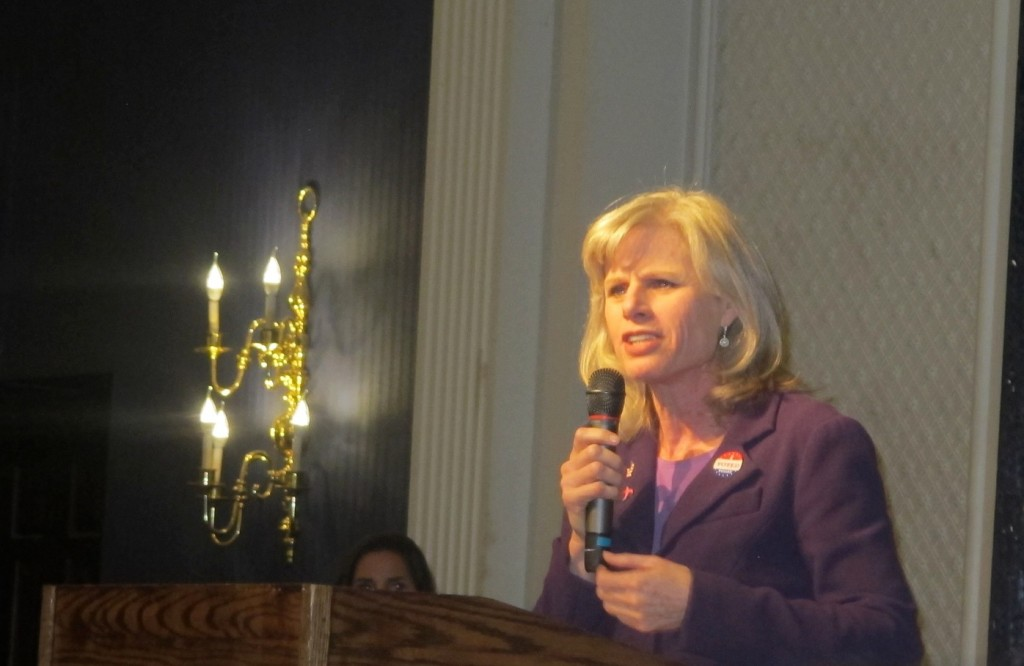 Gubernatorial candidate Mary Burke said all Wisconsin residents deserve a fair shot at driving legally. (Photo by Edgar Mendez)