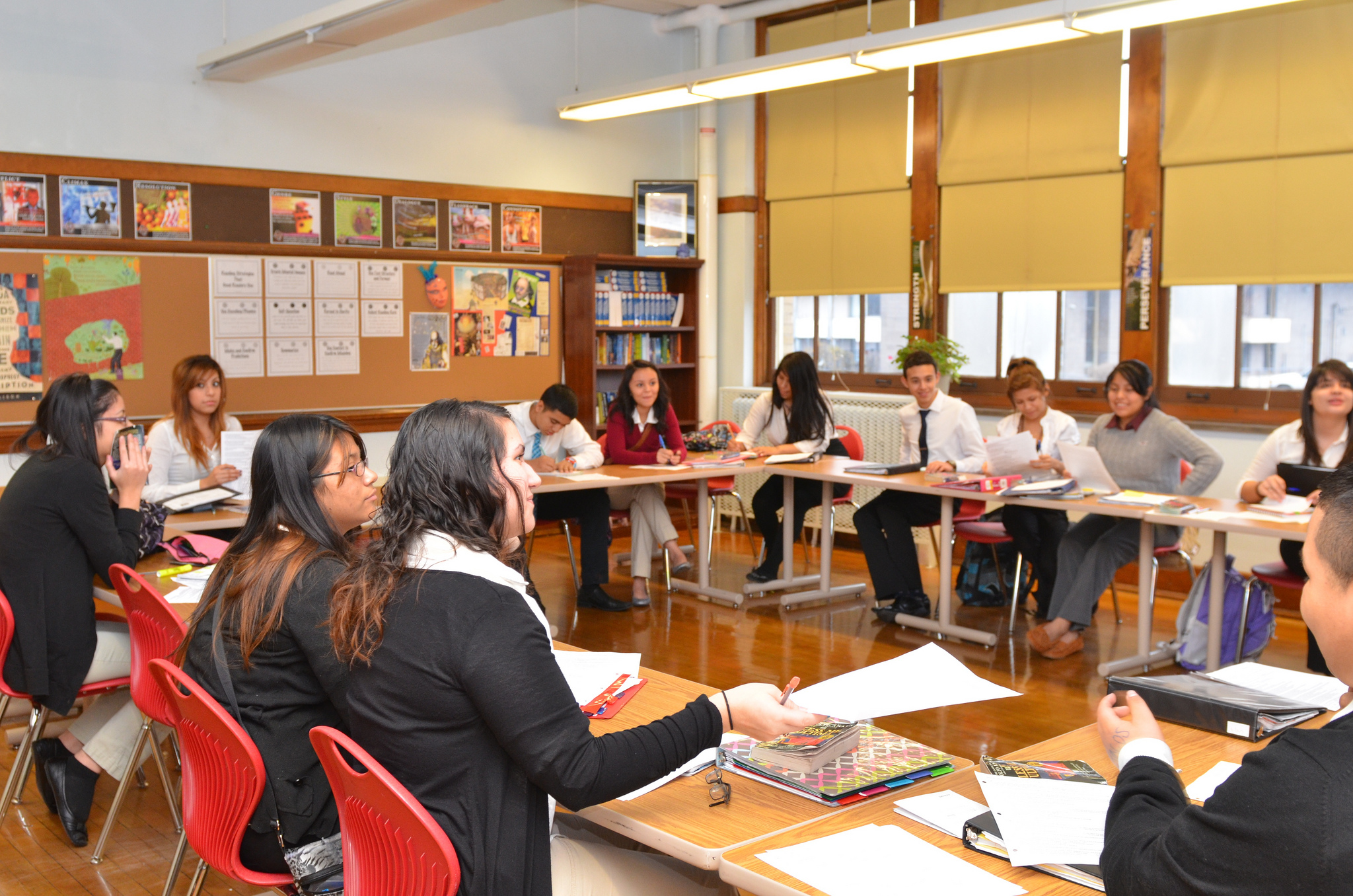 Caption: Carmen South high school students attend a freshman English class. (Photo by Sue Vliet)