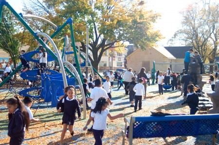 Some Walker Square residents have complained about what they describe as excessive use of the playground by Bruce Guadalupe Community School students. (Photo by Edgar Mendez)