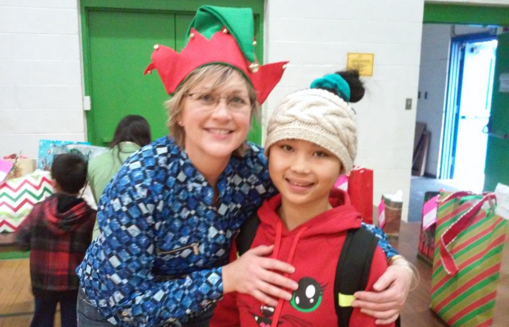 Holiday giving tree party at the Burmese Immersion Project (Photo courtesy of Nonprofit Center of Milwaukee)