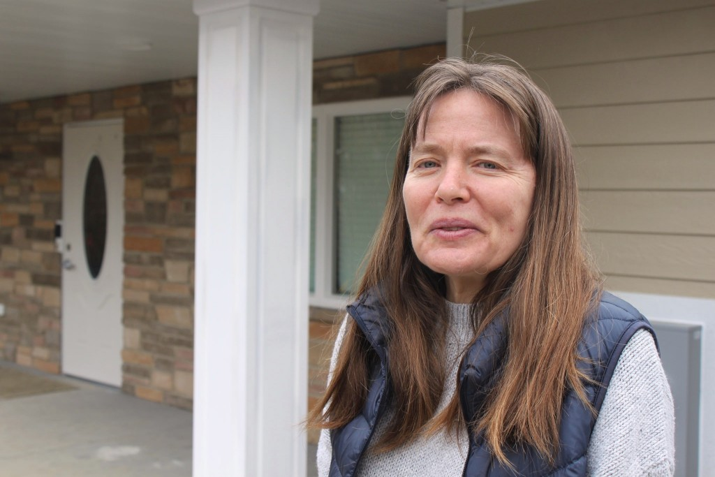 Debbie Davis lives near a new residence for people living with mental illness and believes that interaction between residents and community members reduces stigma. (Photo by Matthew Wisla)