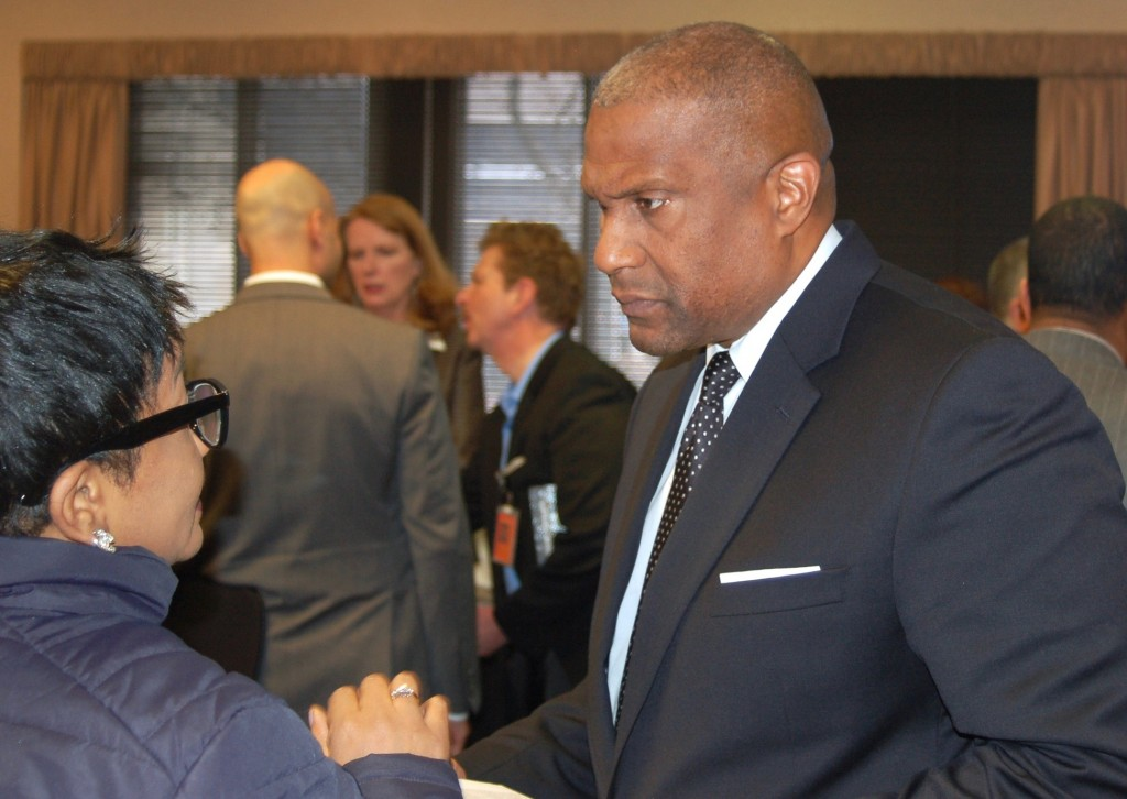PBS Host Tavis Smiley greets MATC community leaders at a reception at the downtown campus after taping his program. (Photo by Andrea Waxman)