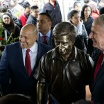 New statue furthers goal of creating Latino cultural hub on Chavez Drive