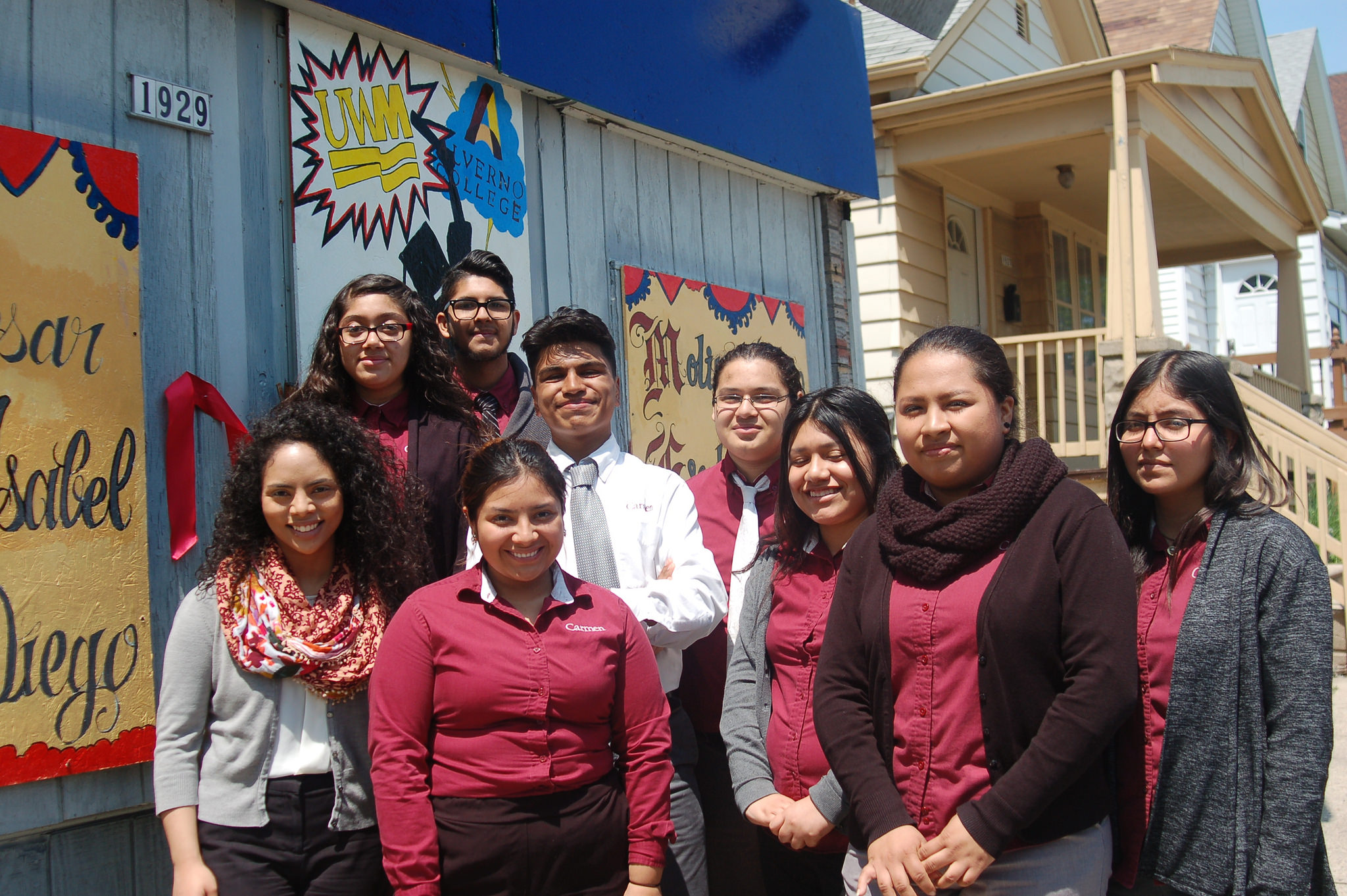 Members of the Carmen High School of Science and Technology's Safe and Sound Youth Council worked for two months to complete the mural project. (Photo by Edgar Mendez)
