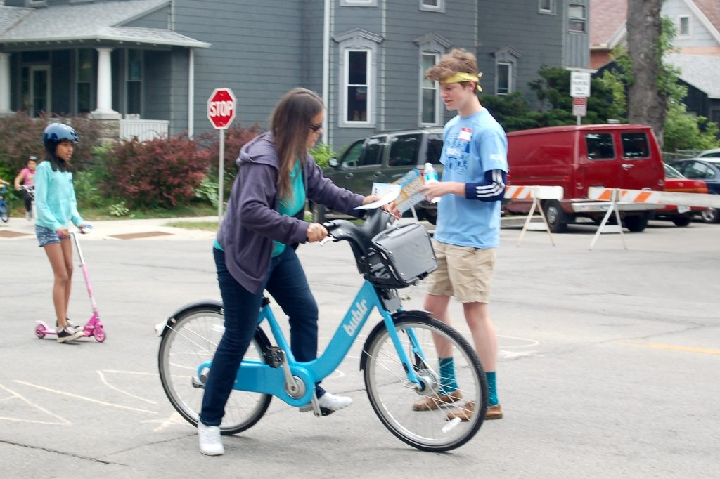 Bublr Bikes are now available at Cesar Chavez Drive and Washington Street in Walker Square. (Photo By Rebecca Carballo)