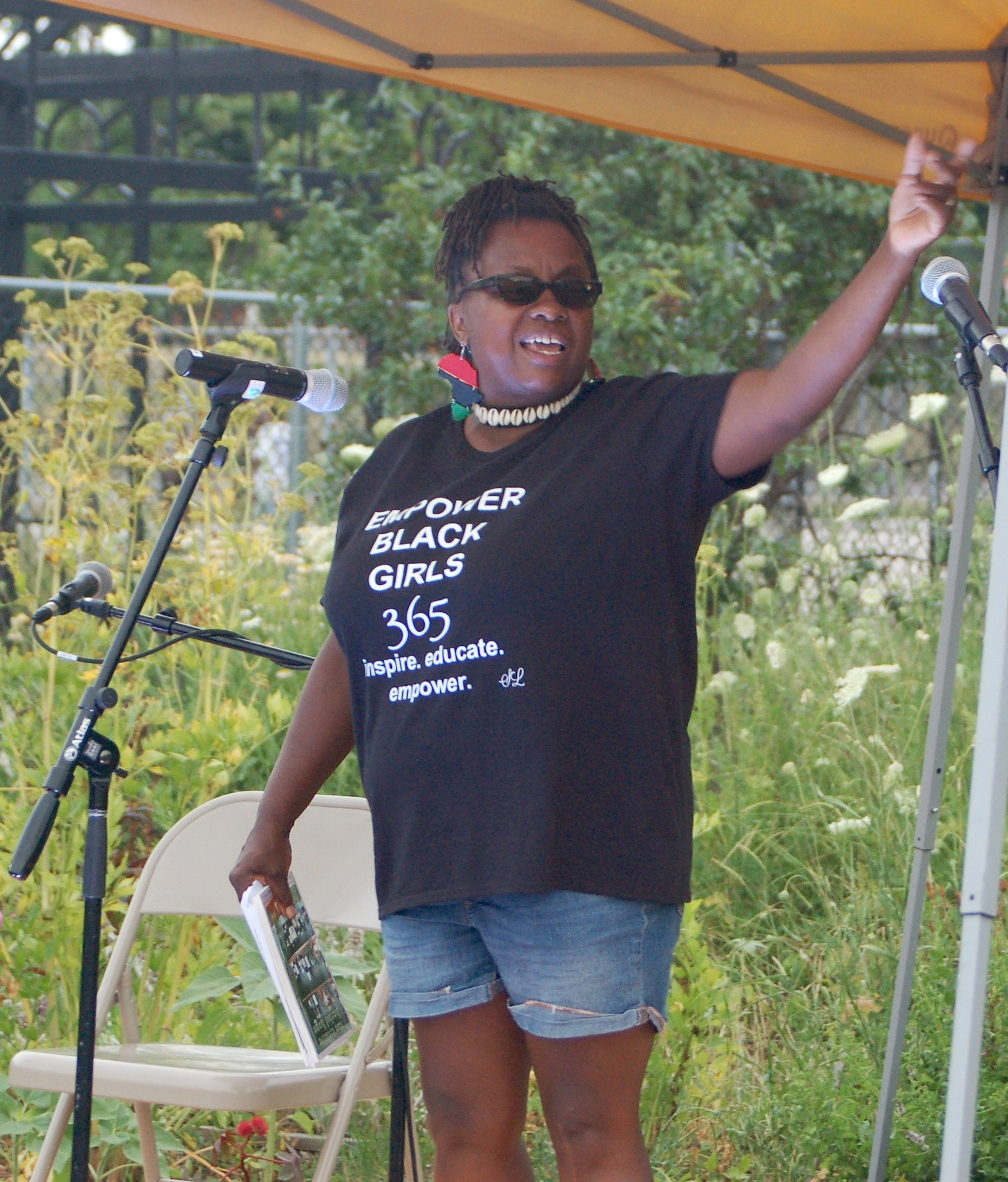 Venice Williams speaks at a recent Black Lives Matter gathering at Alice's Garden (Photo by Andrea Waxman)