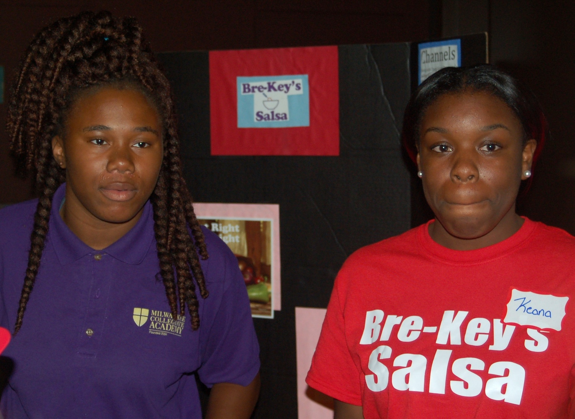 Briana Beal (left) and Keana Nelson developed a line of salsas for the product competition. (Photo by Andrea Waxman)