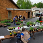 Bloom and Groom brightens Milwaukee neighborhoods