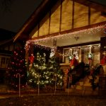 Holiday lights show cheer in neighborhoods across the city